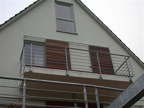 balkongeländer stahl balkongel 228 nder aus verzinktem stahl preis per lfm