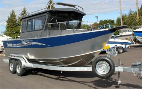 raider boats raider sea raider 2284 ht cuddy boats for sale in eugene