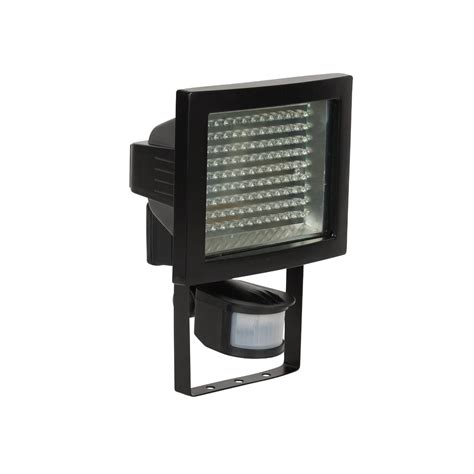 10 benefits of twilight solar outdoor lighting warisan