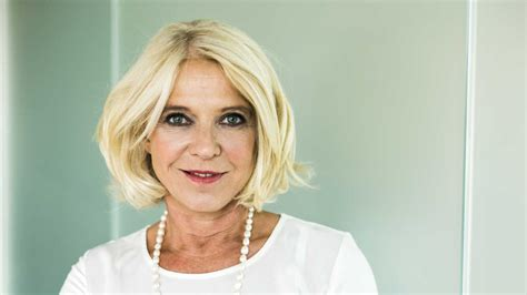 the best hairstyles for women over 60 southern living the best short haircuts for older women southern living