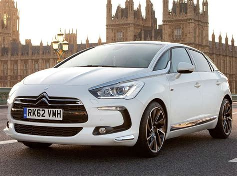 Citroen Ds5 Review by Citroen Ds5 Hybrid4 Review Motors Co Uk