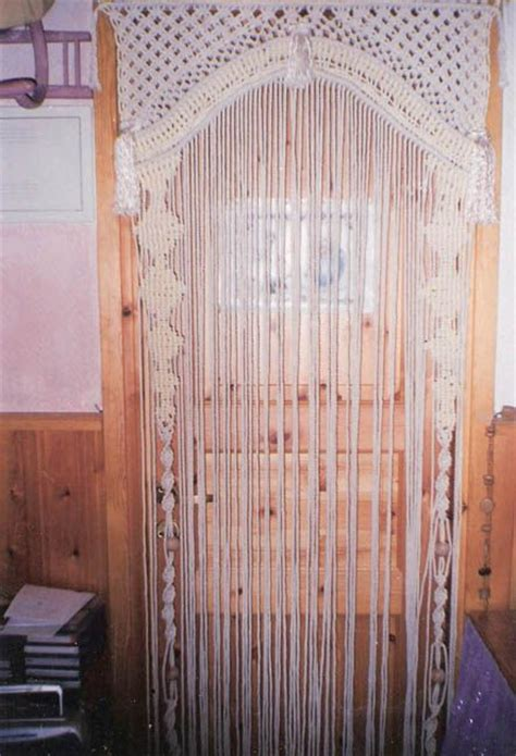 how to make beaded door curtains best 25 hanging door beads ideas on pinterest macrame