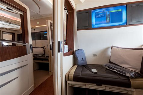 airbus a380 bedroom suite singapore airlines to unveil new suites and business class