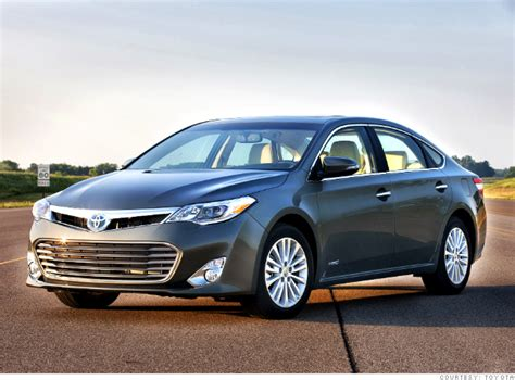 toyota big cars 2013 toyota avalon hybrid estimated at 40 mpg us news best