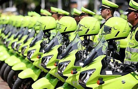 aumento de sueldo de policias octubre polic 237 as de bogot 225 podr 237 an tener un aumento de sueldo
