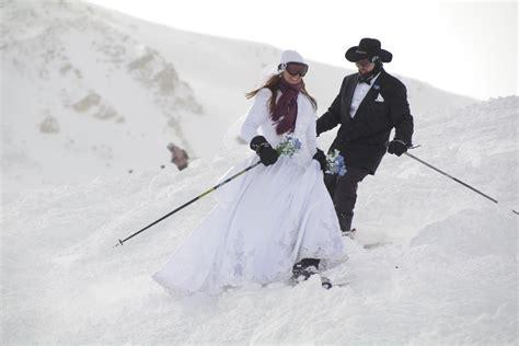 valentines ski packages 5 sweet valentine s day ski resort deals teton gravity