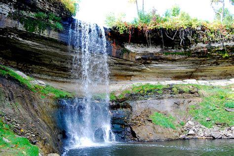 song garden river falls minnehaha falls minnesota attractions