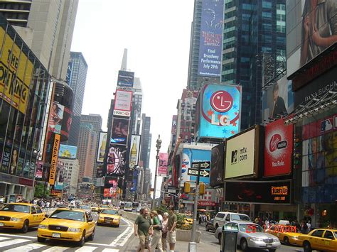 where to go shopping in nyc from boutiques to department new york new york shopping
