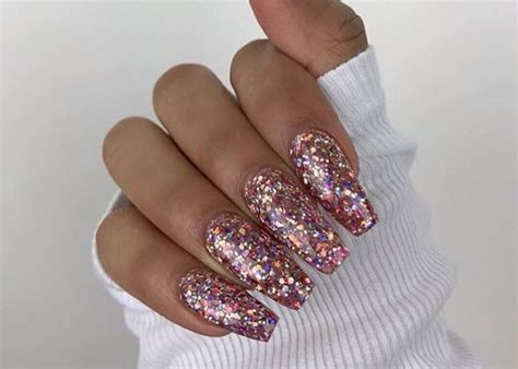 Sparkle Designs On Nails glitter nail designs to sparkle all season fashionisers 169