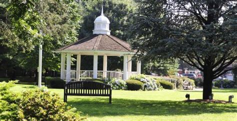 Garden City Gazebo Pictures by Garden City Homes Prices Beating The Bust Newsday