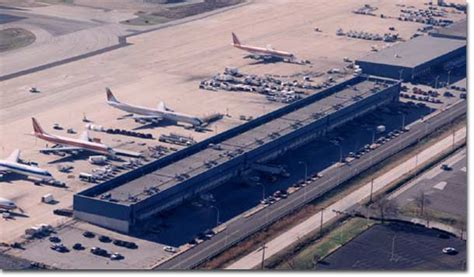 phl airport parking phl airport parking philadelphia international airport