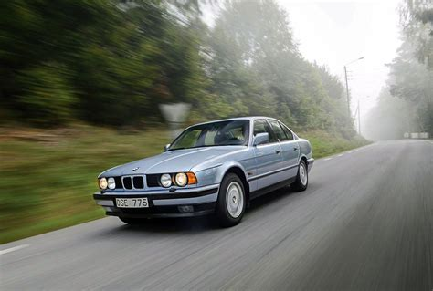 Series A 518 I bmw 5 series 518i 1990 technical specifications interior