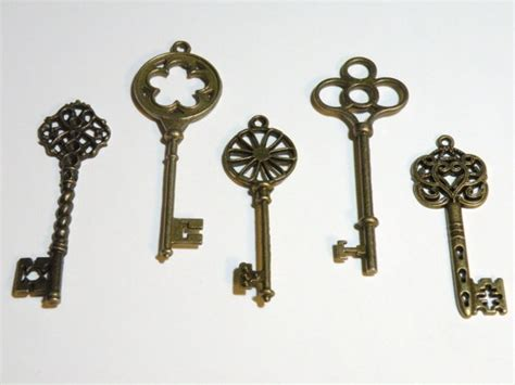 Skeleton Key Decor by Skeleton Key Home Decor Design Elements