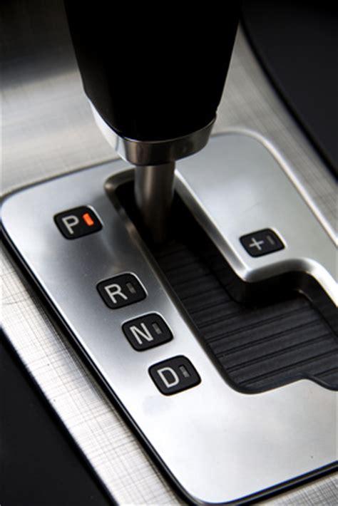 Automatik Auto Erkl Rung bedienung des fahrzeugs starten schalten tanken