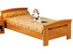 lit une personne conforama