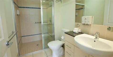 bathroom facilities cairns holiday apartments hotels best rates guarantee