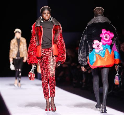 Ny Fashion Week by Tom Ford Brings The 80s And The Power To New York