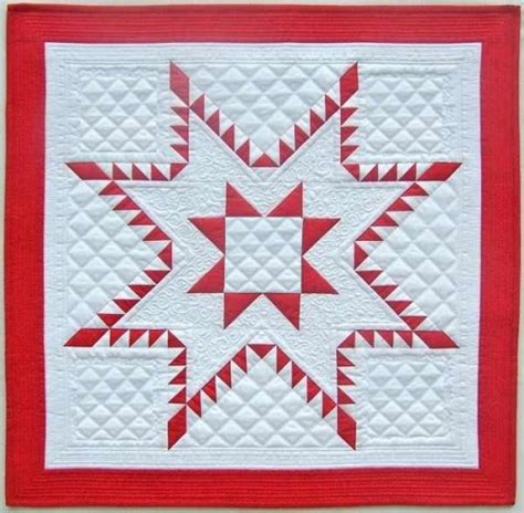 feathered mini quilt quilting digest