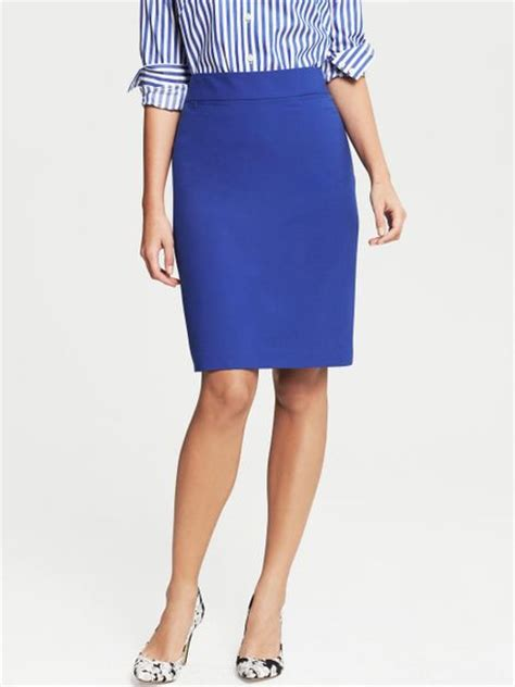 banana republic cobalt lightweight wool pencil skirt