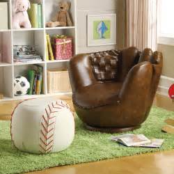 sport themed bedroom furniture sports themed room for a