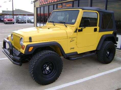 Jeep Wrangler Yellow Yellow 2001 Jeep Wrangler Yes