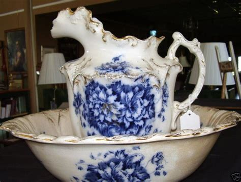 Antique Style Blue Ornate Pitcher Jug Ornate Edwardian Flow Blue Bowl And Pitcher Antique Estate Home Bath Ebay
