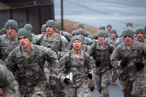 female us army rangers 2 women graduate from army ranger school
