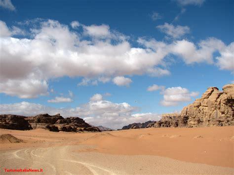 consolato giordania giordania nuove aperture alberghiere il wadi rum set