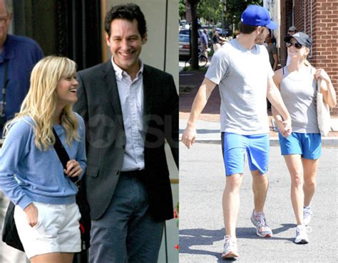 Reese Jake For Real by Photos Of Reese Witherspoon And Jake Gyllenhaal Holding