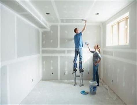 hanging sheetrock on ceiling builder