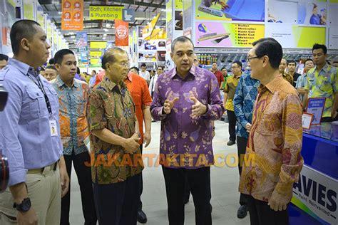 Lu Gantung Di Mitra 10 mitra 10 resmikan outlet ke 24 di kawasan qbig bsd city