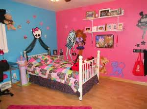 Monster High Bedrooms Monster High Room My 5 Yr Old Daughter Is Into This