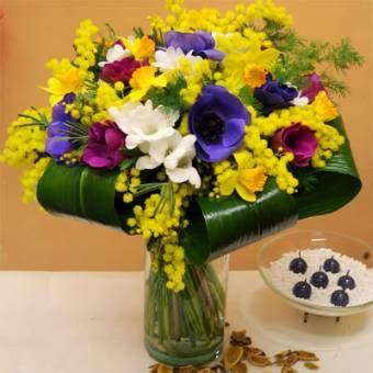 mazzo di fiori con mimose mazzo di fiori con mimose gpsreviewspot