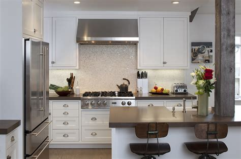 eat in kitchen islands beautiful mosaic tiles backsplash grey quartz countertops design ideas