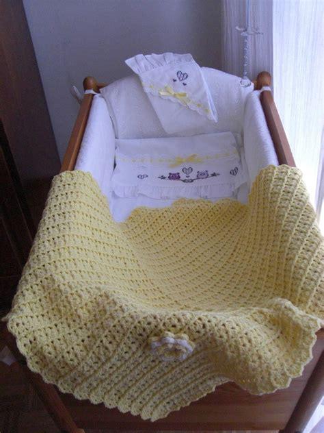 copertine per culla copertina per culla in gialla bambini per la