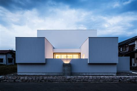 house architects gallery of courtyard house form kouichi kimura
