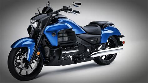honda gold wing valkyrie 2016 honda gold wing f6c valkyrie more outrageous than any