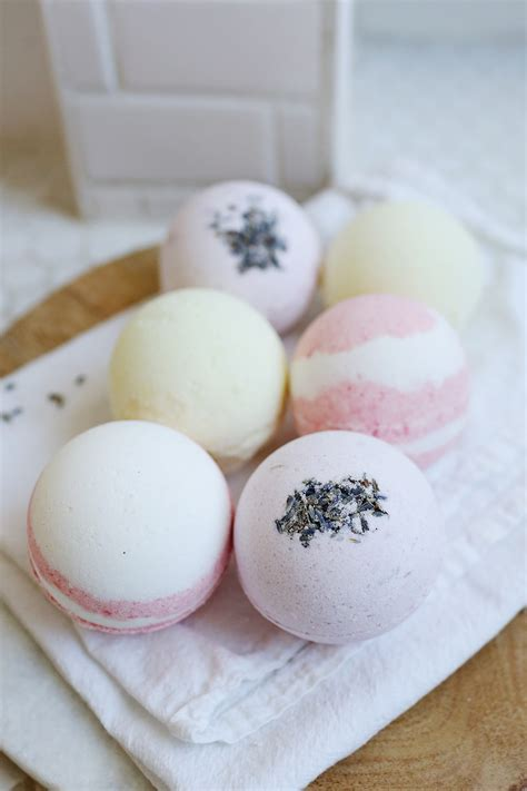 Handmade Bath - bath bombs a beautiful mess