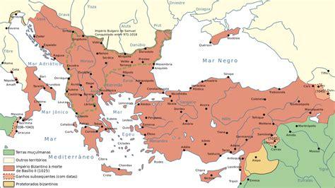 byzantine empire map file map byzantine empire 1025 pt svg wikimedia commons
