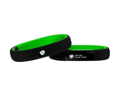 New Razer Nabu Smart Wristwear razer nabu smart band notifications fitness and social on your wrist