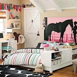 Perfect Girls Room Show Horse Gallery Pottery Barn