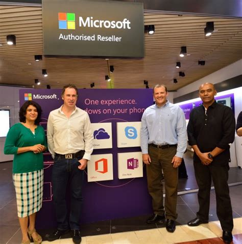 Microsoft Band Di Malaysia Microsoft Authorized Reseller Store Opens At Klcc The 1st In Asia Pacific