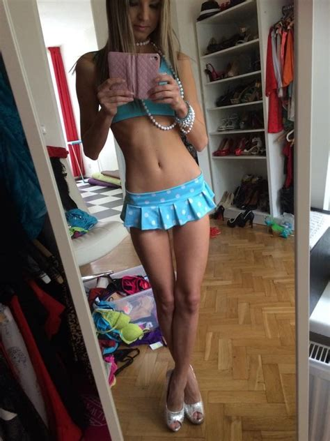 too young girl selfies crazy sexy new pinterest teen shorts and selfies
