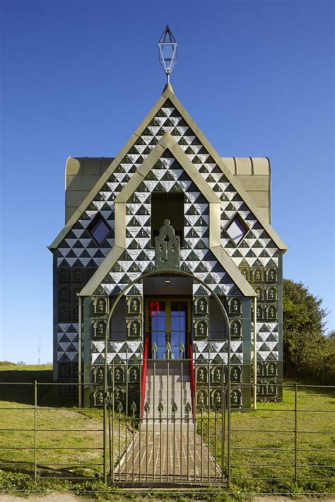 eccentric house  grayson perry  house  essex
