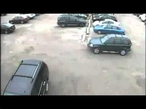 donne al volante da ridere miglior parcheggio a livorno doovi
