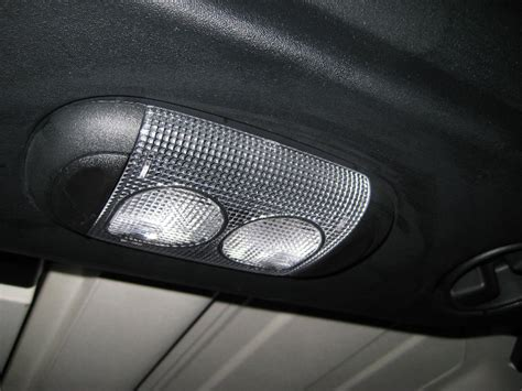 jeep wrangler dome light replacement service manual how to replace the dome light 2006 jeep