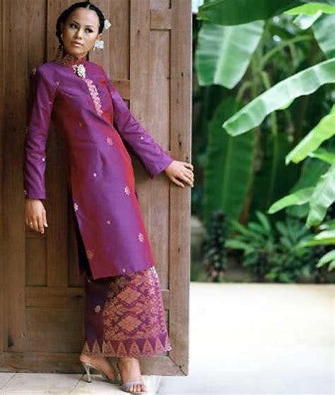 Baju Setelan Wanita Muslim Blouse Tunik Vest Flower Set Kulot 494 best baju kurung wanita images on kebaya kebaya brokat and kebaya dress