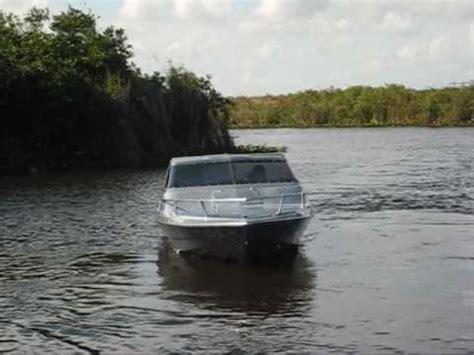 glastron boat james bond movie moonraker 2 james bond replica glastron cv23 speed boat