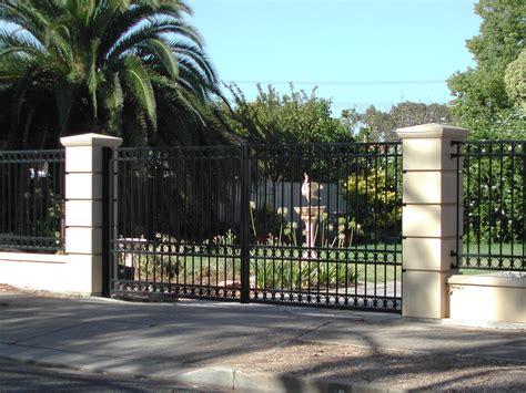 swing gates swing gates