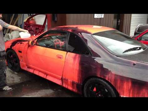 nissan skyline painted with heat sensitive color changing paint like hypercolor t shirts but